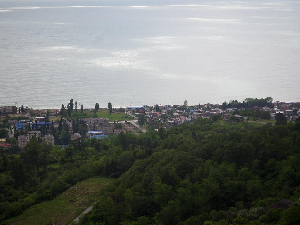 Вид на город Гагра