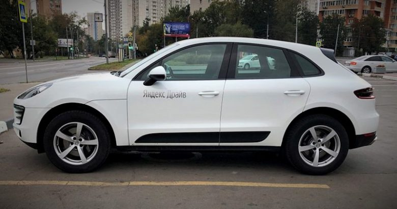 yandex-drive-porsche-macan-crossover-white-139-6-800x420-1